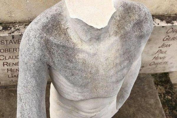Le monument des déportés de Ligny-en-Barrois vandalisé