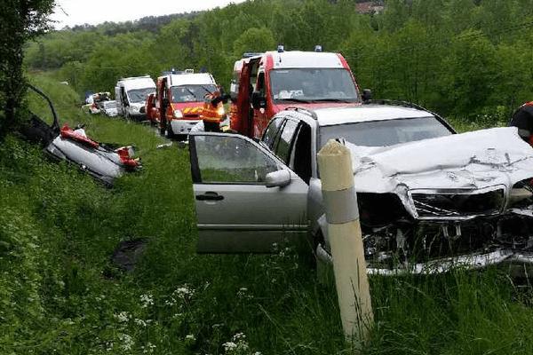 Un choc violent entre 2 véhicules