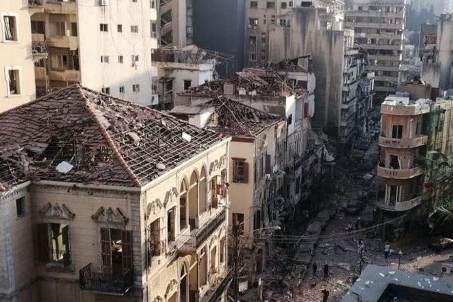 Tentative des organisations islamiques pro-iraniennes et chiites pour un changement démographique des quartiers chrétiens détruits à Beyrouth, afin de faire d'eux des quartiers chiites 5f2aebd8b519e_liban_explosions-4953584