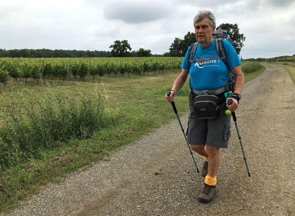 Yannick Sourisseau, par cette randonnée de 270 kilomètres, veut faire connaître les cancers masculins dont on parle peu.