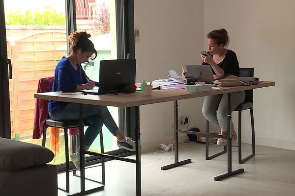 En quelques jours, Sabrina et Nathalie ont fédéré plus de 500 infirmiers libéraux dans l'Hérault.