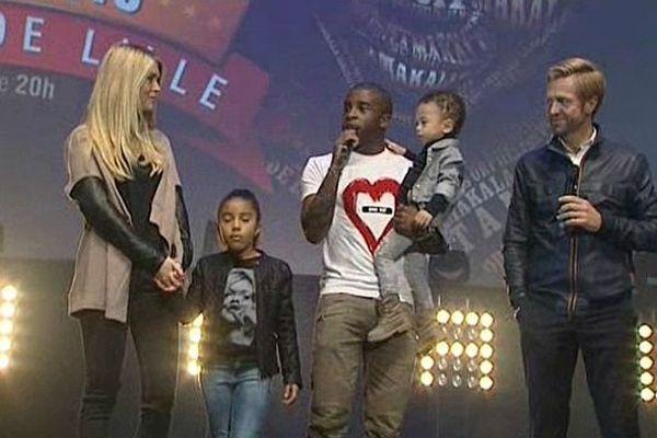 Rio Mavuba, en famille sur la scène du Zenith de Lille.