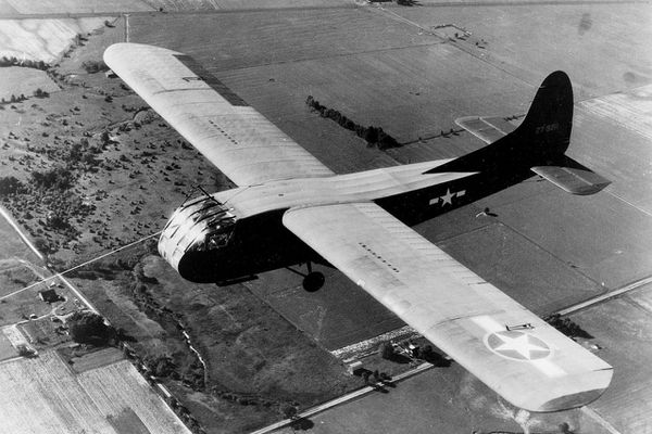 Trois planeurs sont utilisés par les Alliés dont ce Wako