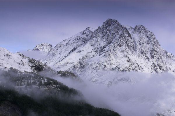 Le Mont Pelvoux dans les Hautes-Alpes