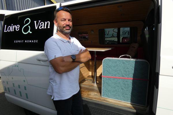 David Oppein a ouvert son agence de location de vans aménagés à Cercottes près de Saran dans le Loiret en mai dernier.
