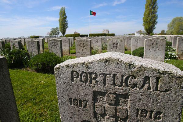Le cimetière militaire portugais de Richebourg