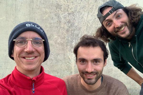 Les trois marins Théophile Schouller, Nicolas Marcillaud et Julien Poisson prendront le large en avril direction l'Arctique