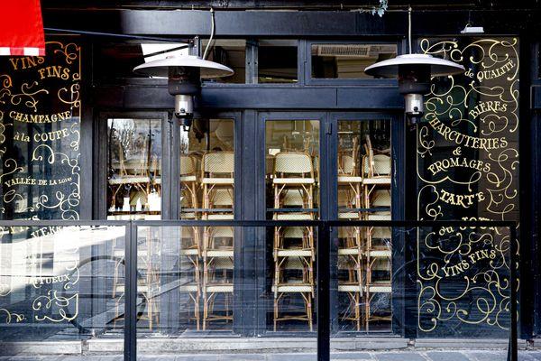 La métropole lilloise bascule en alerte maximale. En conséquence, les bars doivent fermer pour quinze jours minimums.