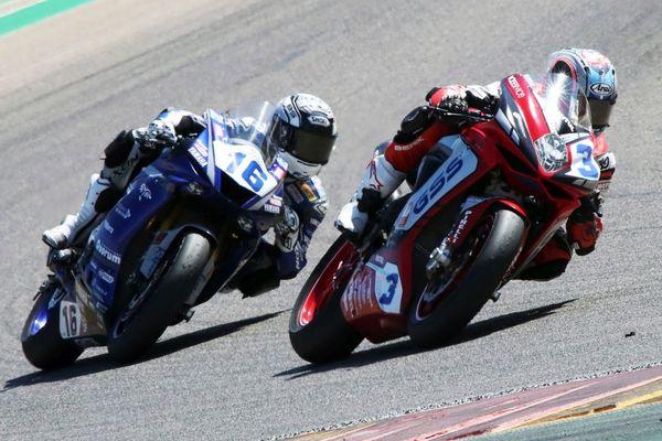 Dimanche 6 septembre, le pilote de moto Jules Cluzel a été victime d'une chute en pleine course.