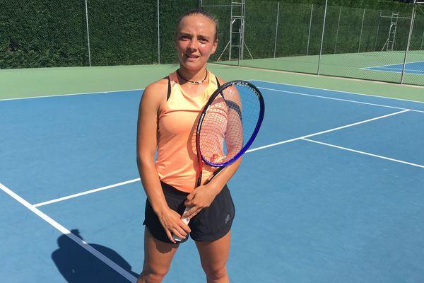 La Clermontoise Alice Tubello, grand espoir du tennis féminin français.