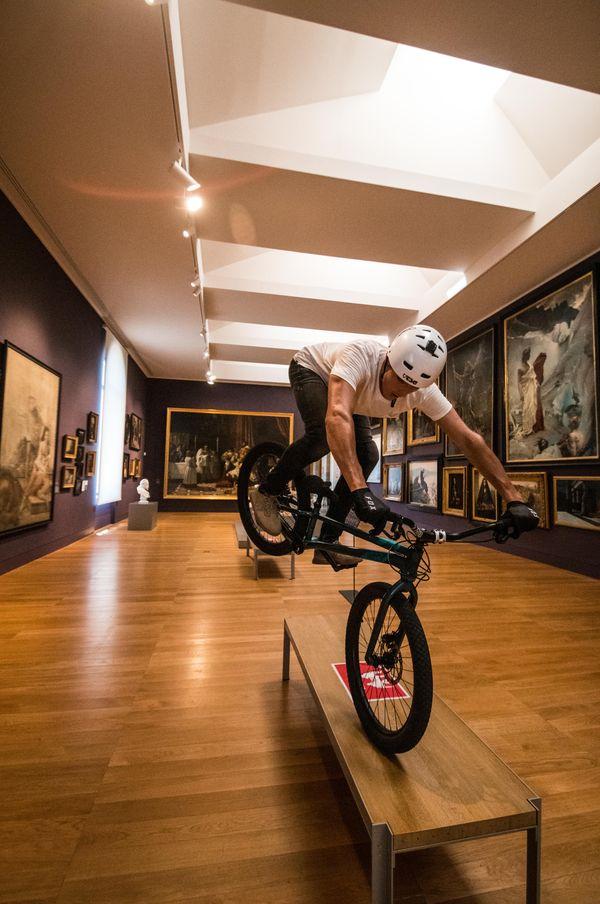 Dans le musée des Beaux-Arts et d'Archéologie de Besançon, Nicolas Fleury a pu montrer tous ses talents