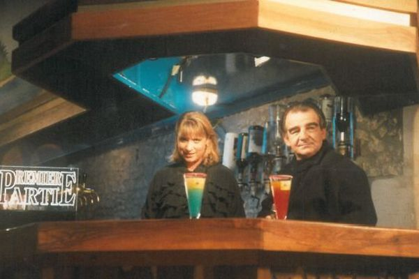 """""""Première partie"""" avec Marie-Luce Rigout et Jean-Louis Foulquier. L'émission a été diffusée sur France 3 Limousin-Poitou-Charentes à partir du 9 septembre 1992 ( réalisation: Gérard Vasiaga)"""