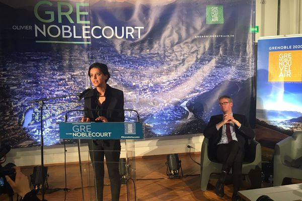 Olivier Noblecourt et Najat Vallaud-Belkacem en meeting à Grenoble