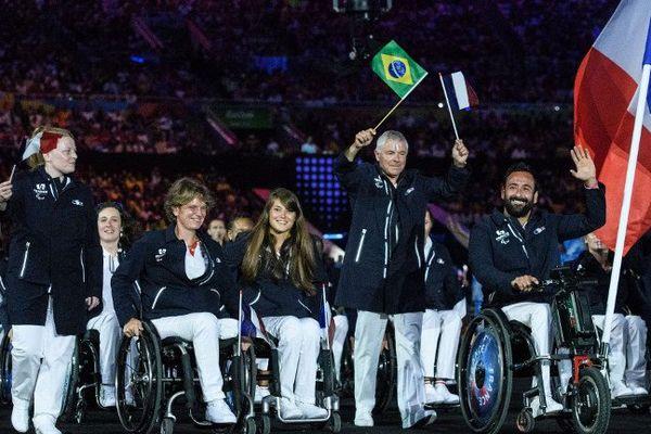 Le défilé de l'équipe de France paralympique, lors de la cérémonie d'ouverture des Jeux paralympiques de Rio, le 7 septembre 2016.