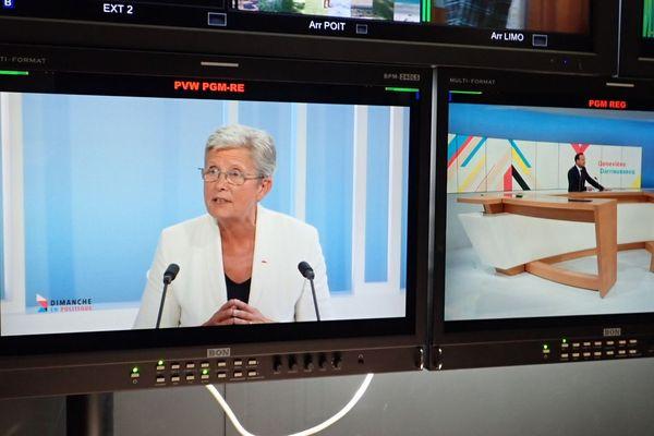 Geneviève Darrieussecq invitée de Dimanche en politique, annonce qu'elle est candidate aux municipales