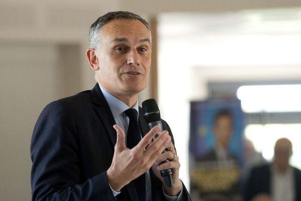 Arnaud Danjean, eurodéputé originaire de Saône-et-Loire, en campagne pour les élections européennes de mai 2019