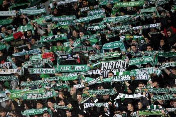 Une partie des supporters ultras de l'ASSE pourrait boycotter la reprise de championnat de football de Ligue 1. Le groupe des Green Angels dénonce un trop grand nombre d'incertitudes concernant le pass sanitaire et les mesures de restrictions à l'entrée des stades.