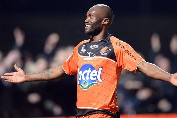 Le bonheur de Christian Bekamenga qui vient de marquer le second point de la rencontre avec le SC Bastia le 7 mars 2014