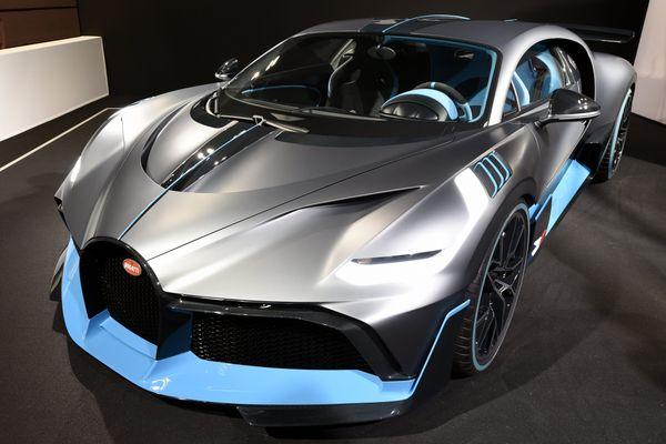 La Bugatti Divo (produite à 40 exemplaires seulement) au mondiale de l'automobile à Paris.