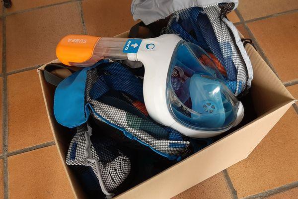 Lundi, pour le premier jour de collecte, onze masques ont été donnés par des habitants de Menton (Alpes-Maritimes).