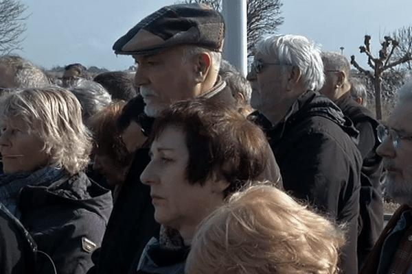 Près de 300 personnes ont participé dimanche à La Faute-sur-Mer à une marche silencieuse en hommage aux victimes de la tempête Xynthia qui avait fait 29 morts dans la nuit du 27 au 28 février 2010.