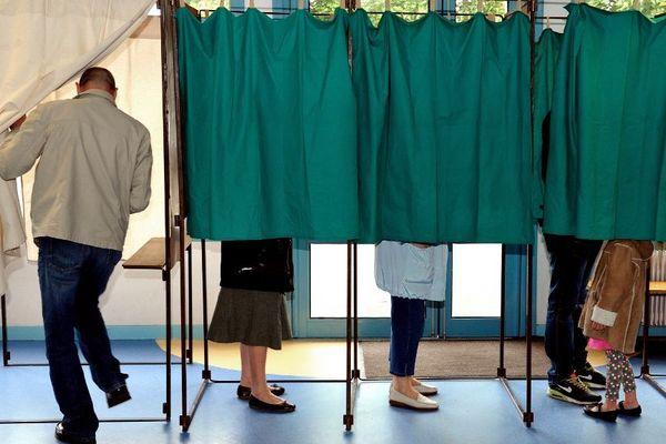 À sept mois des élections municipales, aucune candidature n'est officialisée à Bastia.
