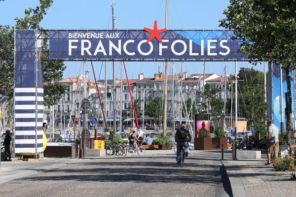 Les Francos modifient leur programmation