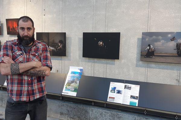 """Le photoreporter de guerre Manu Brabo expose son travail """"Les guerres, là-bas"""" jusqu'au 29 février au festival Pluie d'images de Brest."""