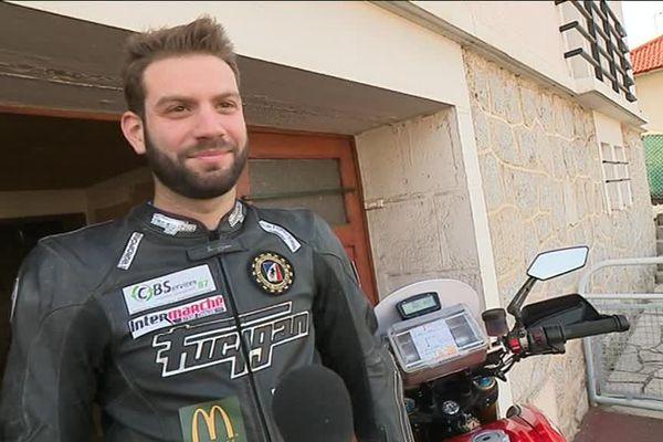 Le jeune pilote limougeaud Sylvain Pelaez se prépare pour le Moto Tour 2017.