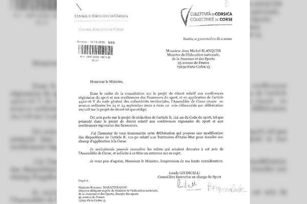 « Il est particulièrement dérangeant de voir que les institutions sont traitées non pas par rapport à leur compétences mais par rapport à l'appartenance des majorités », juge Lauda Guidicelli