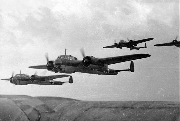 Une formation de Dornier Do 17 photographiés en 1940.
