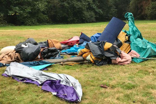 Les migrants du parc des Gayeulles sont tous partis d'eux-mêmes ce week-end.