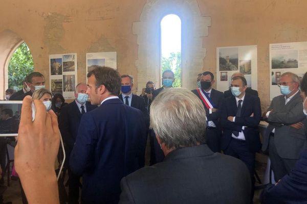 Emmanuel Macron avait rendez-vous avec des professionnels du tourisme insulaire à Bonifacio, ce 10 septembre.