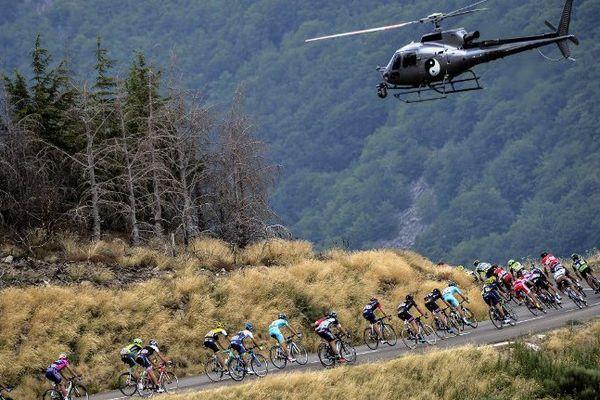 Le peloton du Tour 2015 en Lozère