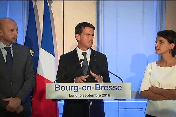 Le Premier ministre s'exprimait depuis l'Hôtel de Ville de Bourg-en-Bresse.