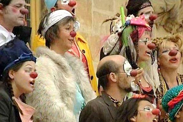 Chaque année au mois de juillet, le festival Les Z'accros d'ma rue investit les rues de Nevers et des communes de l'agglomération.