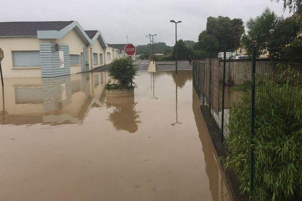 Hagetmau dans les Landes : plusieurs maisons sont inondées