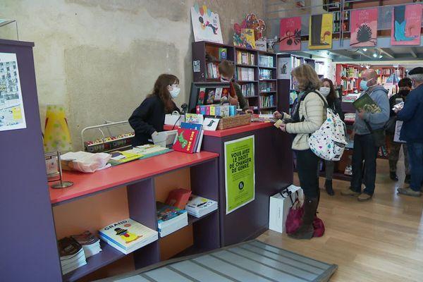 Les librairies ont repris du service ce samedi matin.