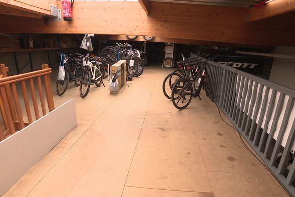 Il n'y a plus de stock chez les marchands de cycles
