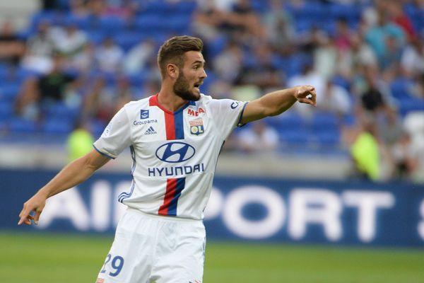 Lucas Tousart lors d'un match de championnat de France entre l'OL et Bordeaux.