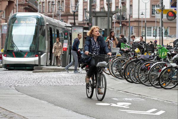 """En 2020, 7.500 salariés ont pédalé pour aller travailler dans le cacdre du challenge """"Au boulot à vélo""""."""