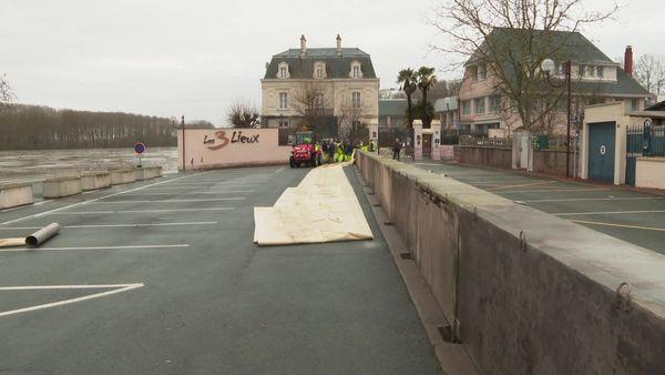 La commune des Ponts-de-Cé se prépare à la crue de la Loire