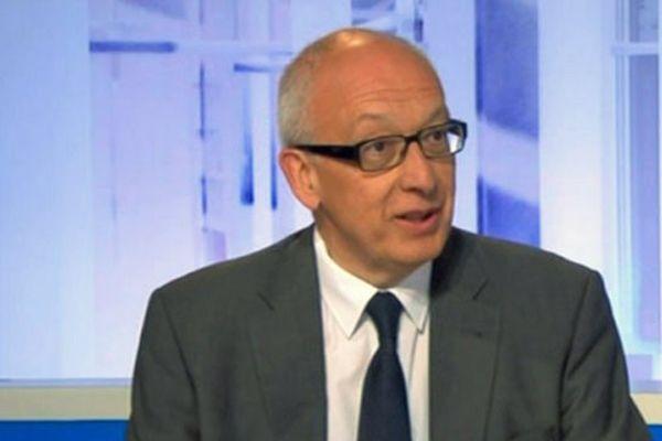 Yvon Robert, maire de Rouen, invité du 12/13 du lundi 1er juin