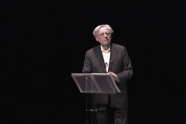 Bernard Pivot, seul sur scène, ce samedi 21 novembre à la Mégisserie de Saint-Junien