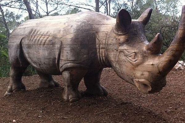 Le zoo du Lunaret à Montpellier propose des animations aux visiteurs dans le cadre de la fête de la nature. La sculpture est de David Steinfeld.