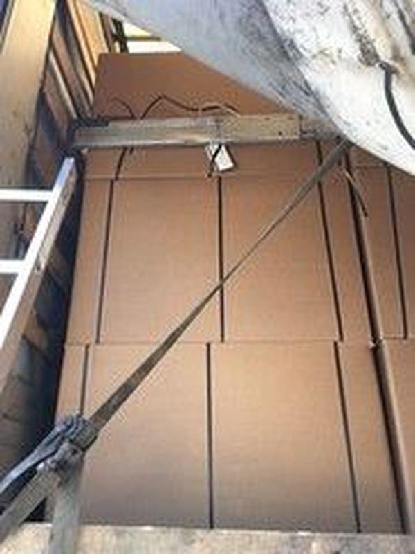 Les douaniers ont découvert 108 cartons dans le camion