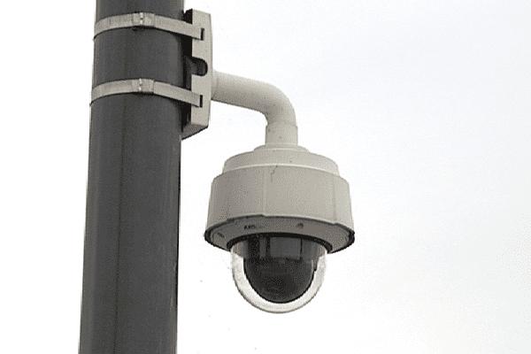 Caméra de surveillance dans Tours.