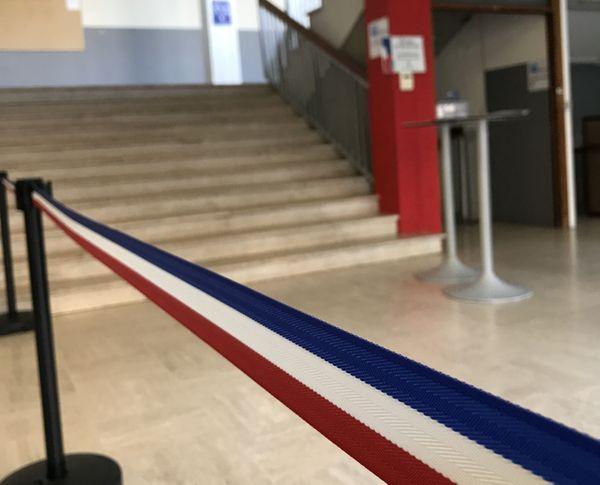 L'entrée du bureau n°19 à Toulouse