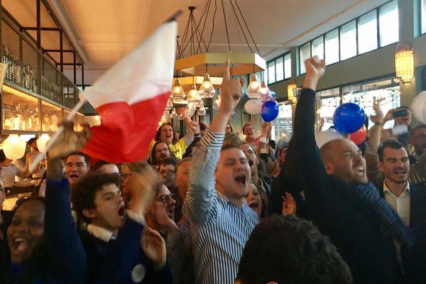 Plus de 80 personnes ont participé à la soirée électorale au Café Bâle