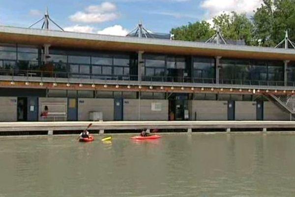 Réouverture partielle du stade d'Eaux Vives Pau-Pyrénées